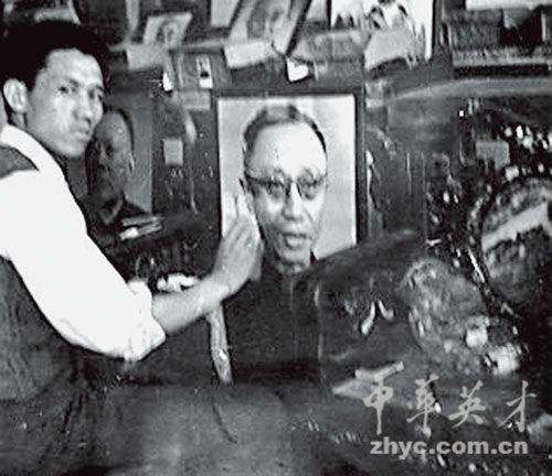 【15】贾英华在八宝山公墓捉刀题写溥仪墓志